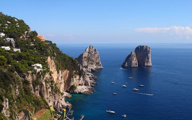 Фото: Остров Капри - Достопримечательности Италии: ТОП-16