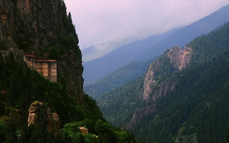 Фото: Пенагия Сумела - Достопримечательности Турции: ТОП-15