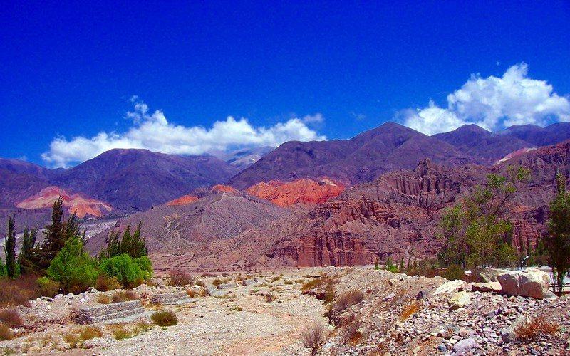 Фото:Долина Кубрада-де-Умауака - Достопримечательности Аргентины: ТОП-11