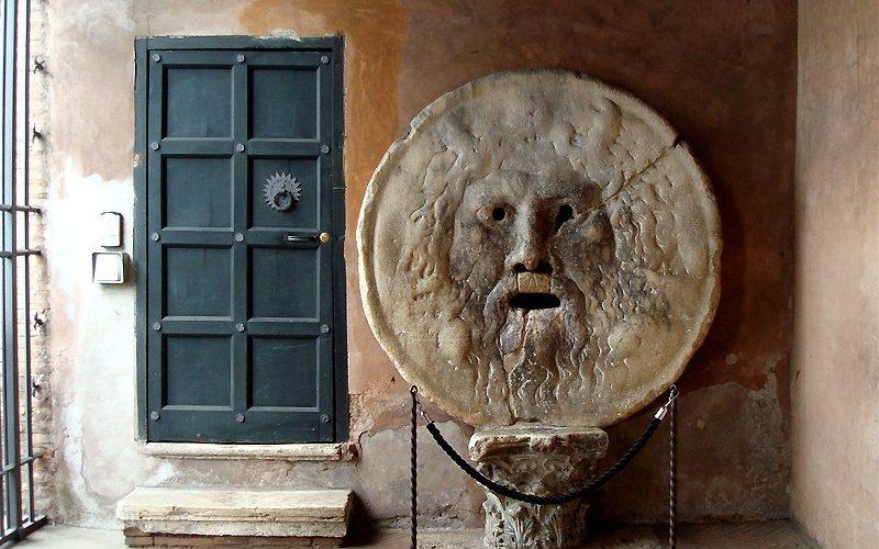 Фото: Уста истины - Достопримечательности Рима: ТОП-15