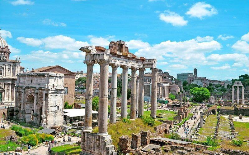 Фото: Римский Форум - Достопримечательности Рима: ТОП-15
