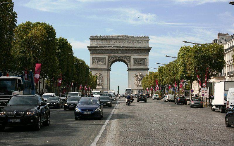 Фото: Триумфальная арка