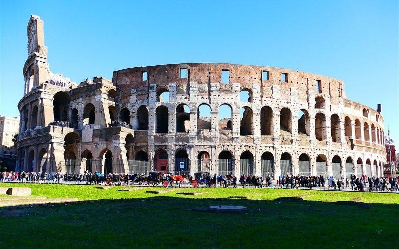 Фото: Колизей - Достопримечательности Рима: ТОП-15