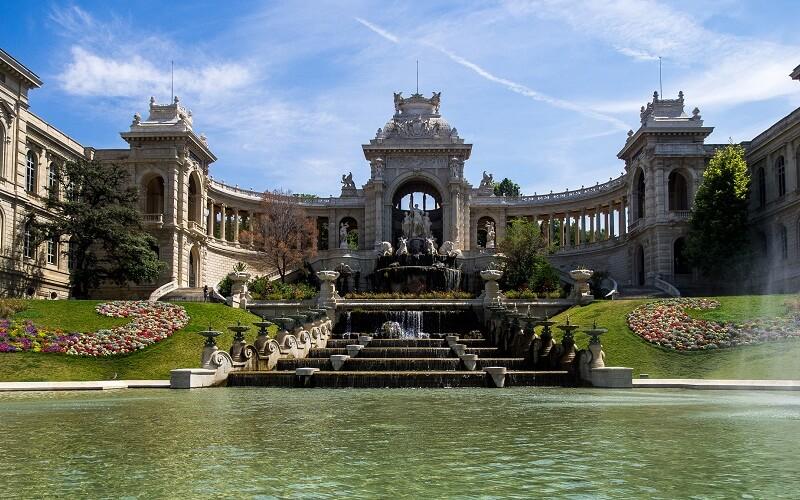 Фото: Дворец Лоншан - Достопримечательности Марселя: ТОП-13
