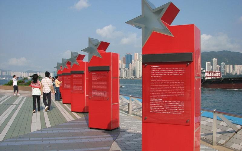 Фото: Аллея звёзд - Достопримечательности Гонконга: ТОП-12