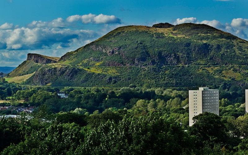 Фото: Холм Кресло Артура: Достопримечательности Эдинбурга: ТОП-10