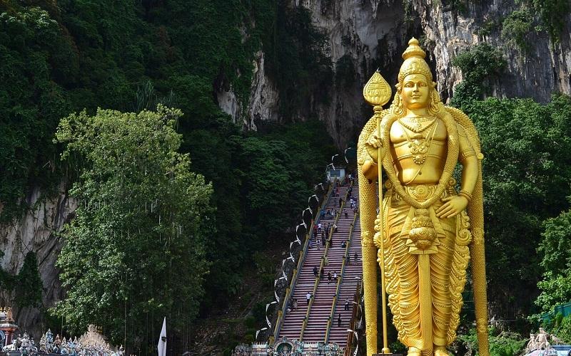 Фото: Пещеры Бату - Достопримечательности Малайзии: ТОП-10