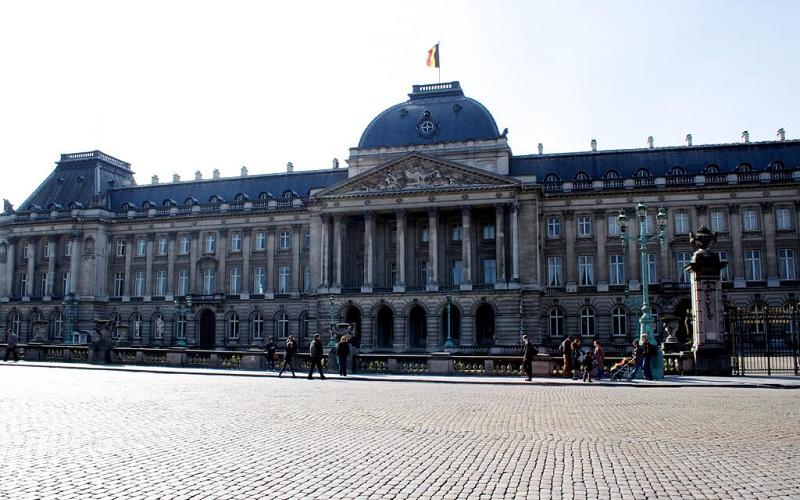 Фото: Королевский дворец - Достопримечательности Брюсселя: ТОП-10
