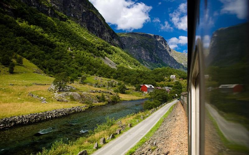 Фото: Фломская железная дорога - Достопримечательности Норвегии: ТОП-10