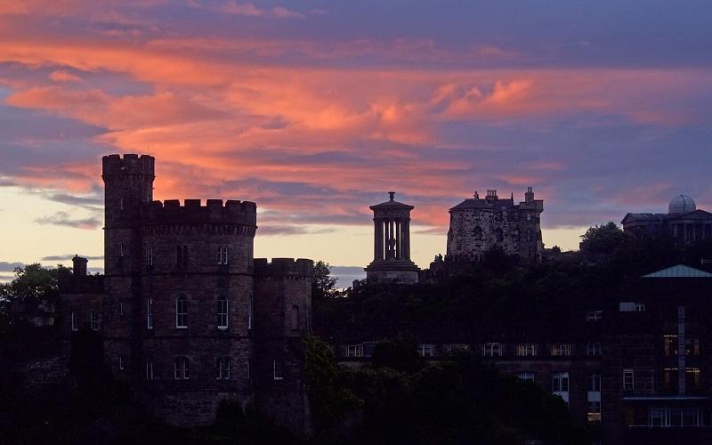 Фото: Холм Калтон Хилл: Достопримечательности Эдинбурга: ТОП-10