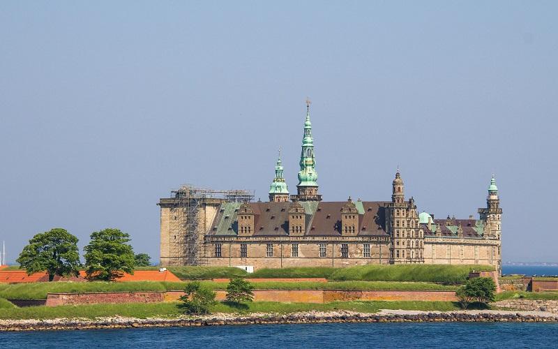 Фото: Замок Кронборг - Достопримечательности Дании: ТОП-12