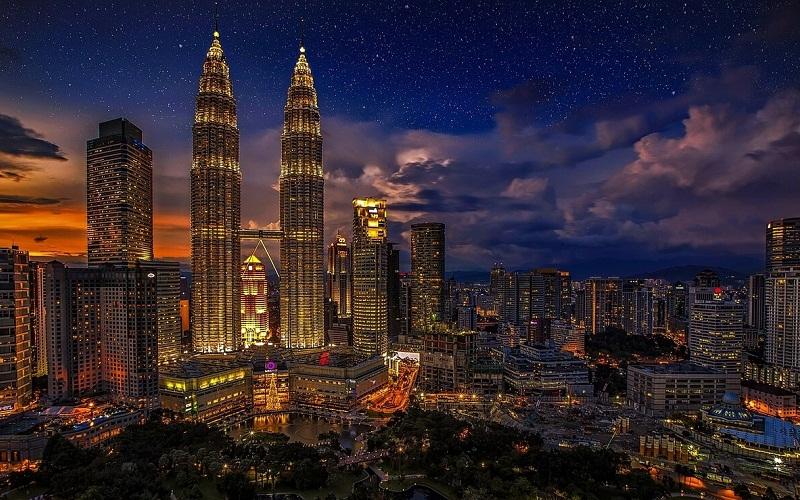 Фото: Куала-Лумпур - Достопримечательности Малайзии: ТОП-10