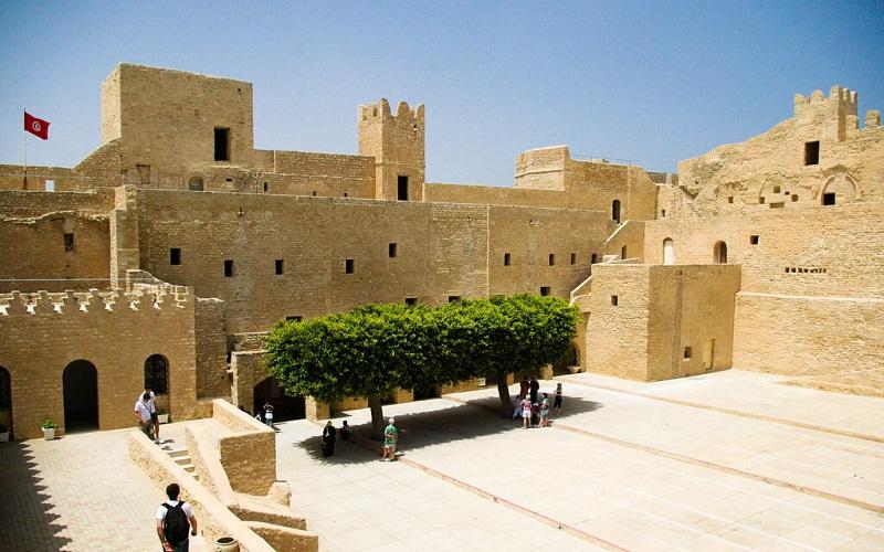 Фото: Монастир - Достопримечательности Туниса: ТОП-14