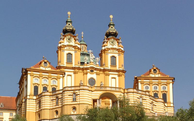 Фото: Бенедектинский монастырь в Мельке - достопримечательности Австрии: ТОП-13