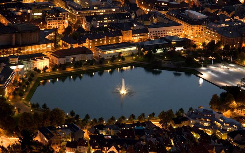 Фото: Озеро Лилле-Лунгегордсванн - Достопримечательности Бергена: ТОП-10