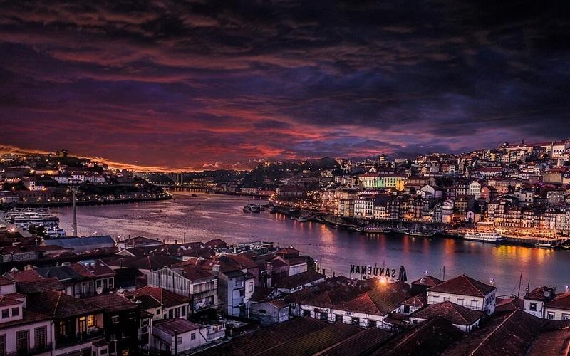 Фото: Порту - Достопримечательности Португалии: ТОП-13