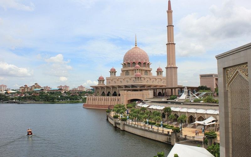Фото: Путраджайя - Достопримечательности Малайзии: ТОП-10