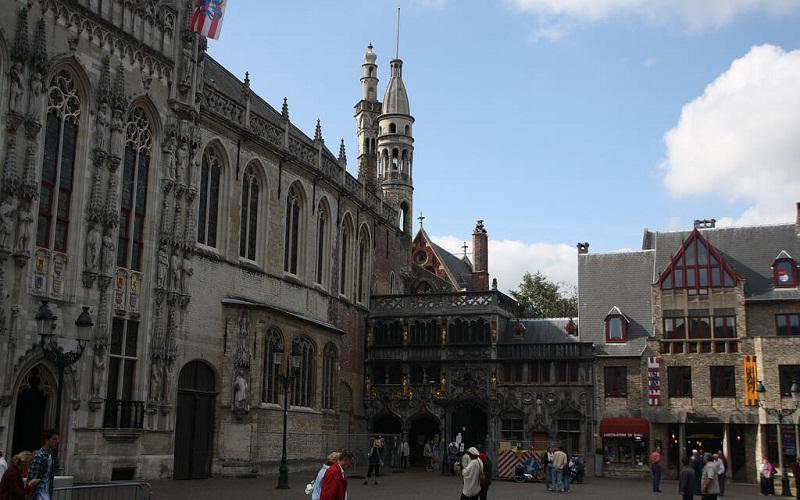 Фото: Базилика Святой Крови - Достопримечательности Брюгге: ТОП-10