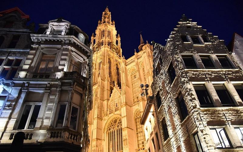 Фото: Собор Антверпенской Богоматери - Достопримечательности Антверпена: ТОП-10