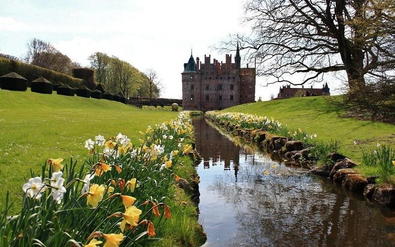 Фото: Замок Эгесков - Достопримечательности Дании: ТОП-12
