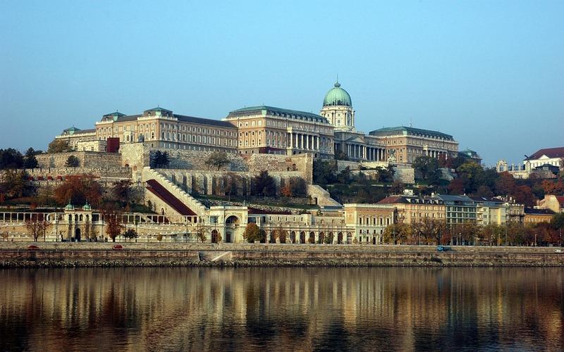 Фото: Будайская крепость - Достопримечательности Будапешта: ТОП-10