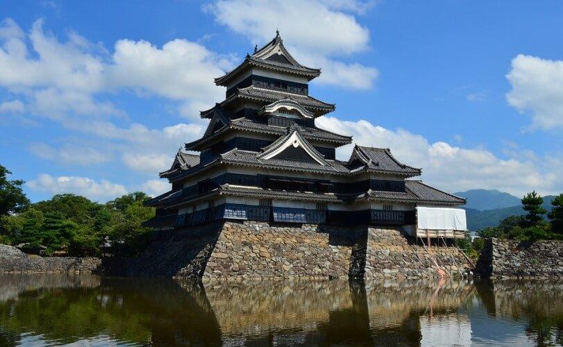 Фото: Замок Мацумото - Достопримечательности Японии: ТОП-14