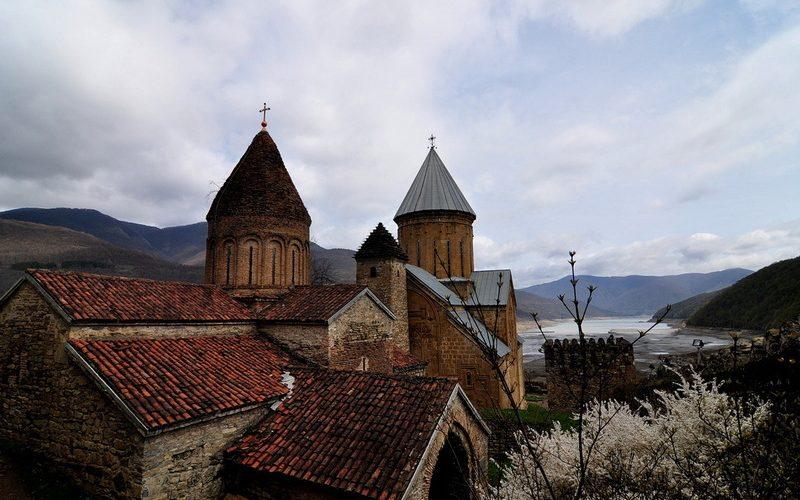 Фото: Ананури: Достопримечательности Грузии: ТОП-13