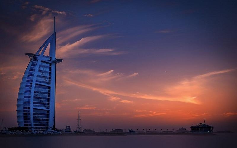 Фото: Бурдж аль-Араб - Достопримечательности Дубая: ТОП-14