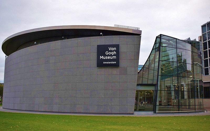 Фото: Музей Ван Гога - Достопримечательности Амстердама: ТОП-11