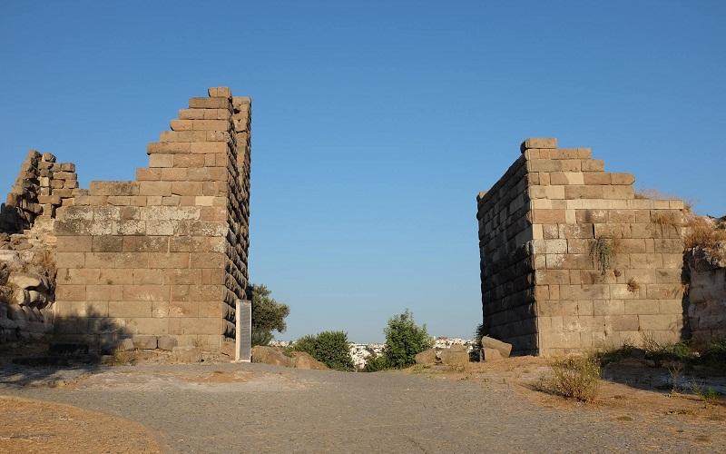 Фото: Ворота Миндоса - Достопримечательности Бодрума: ТОП-10