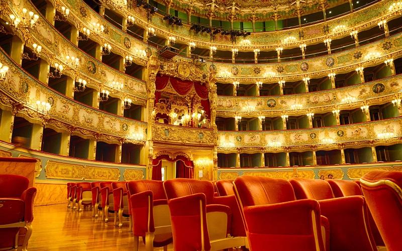 Фото: Театр Ла Фениче - Достопримечательности Венеции: ТОП-10