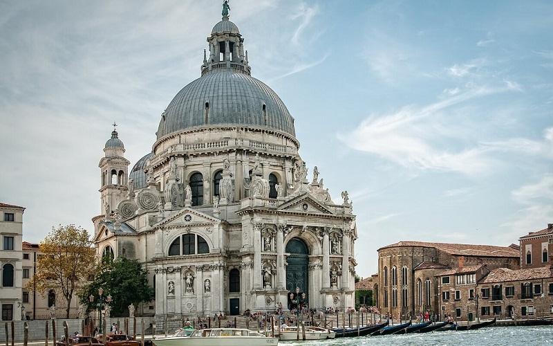 Фото: Собор Санта-Мария-делла-Салюте - Достопримечательности Венеции: ТОП-10