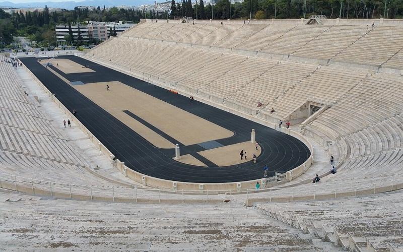 Фото: Олимпийский древний стадион - Достопримечательности Афин: ТОП-10