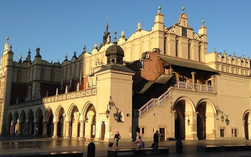 Фото: Суконные ряды - Достопримечательности Кракова: ТОП-10