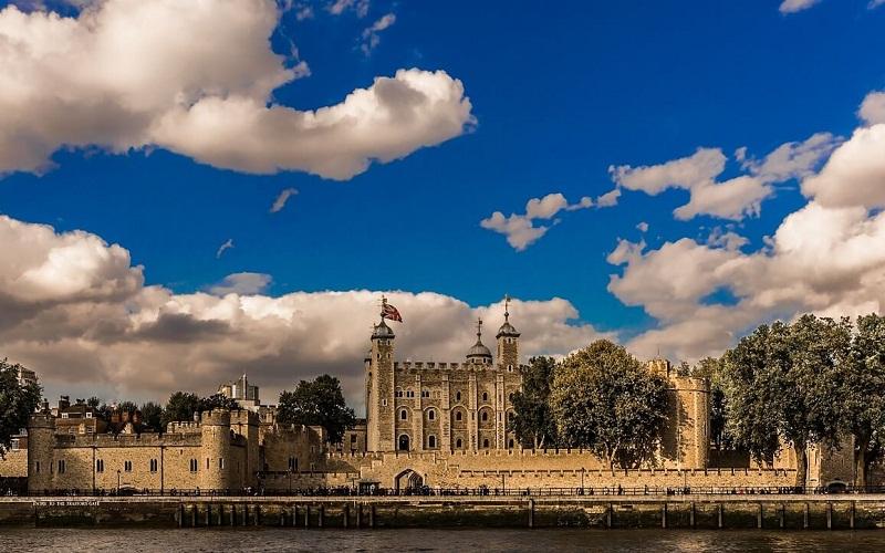 Фото: Лондонский Тауэр - Достопримечательности Лондона: ТОП-15