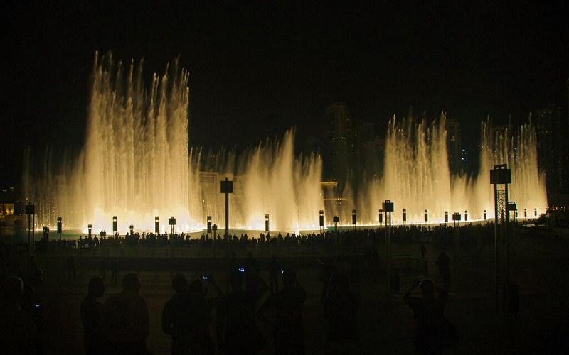 Фото: Фонтан Дубай - Достопримечательности Дубая: ТОП-14