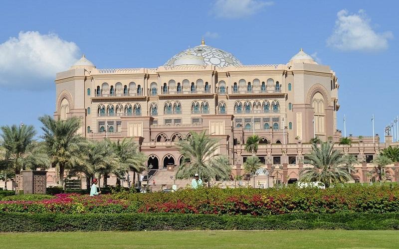 Фото: Дворец Эмирейтс Палас - Достопримечательности Абу-Даби: ТОП-10