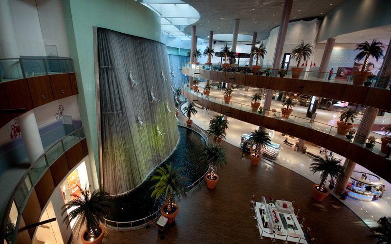 Фото: Дубай Молл - Достопримечательности Дубая: ТОП-14
