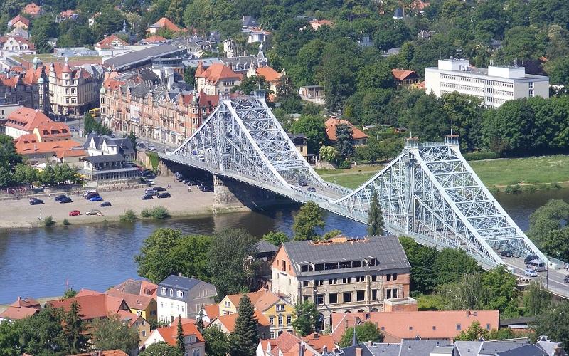 Фото: Мост Голубое чудо - Достопримечательности Дрездена: ТОП-10