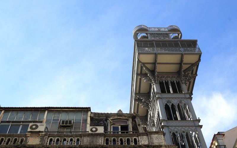 Фото: Лифт Элеватор-ди-Санта-Жушта - Достопримечательности Лиссабона: ТОП-10