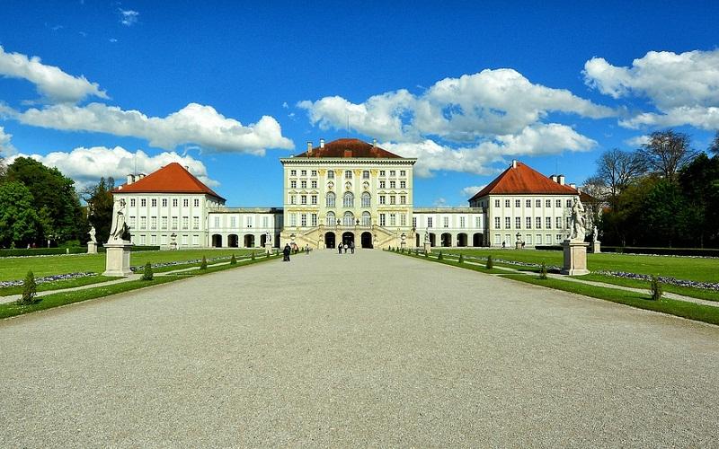 Фото: Дворец Нимфенбург - Достопримечательности Мюнхена: ТОП-10