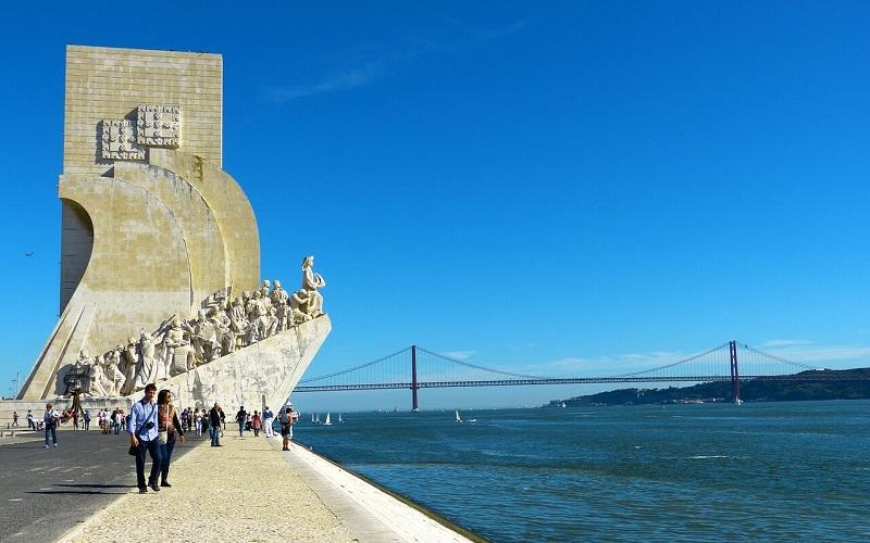 Фото: Памятник первооткрывателям - Достопримечательности Лиссабона: ТОП-10