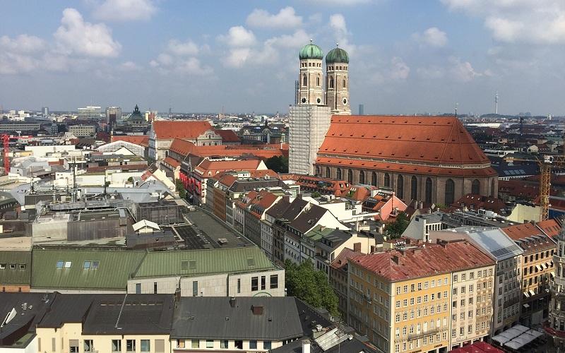 Фото: Собор Фрауэнкирхе - Достопримечательности Мюнхена: ТОП-10