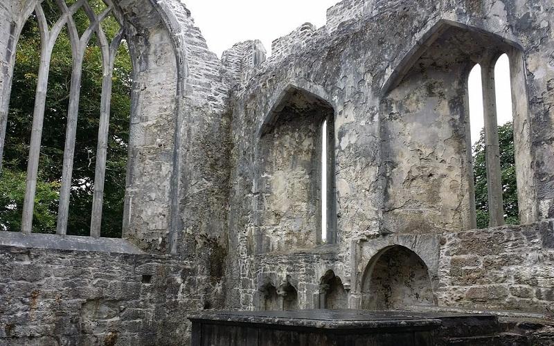 Фото: Заброшенное аббатство Макросс - Достопримечательности Килларни: ТОП-10
