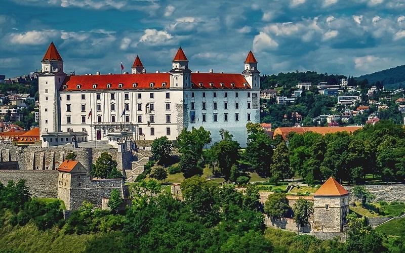 Фото: Братиславский град - Достопримечательности Братиславы: ТОП-10