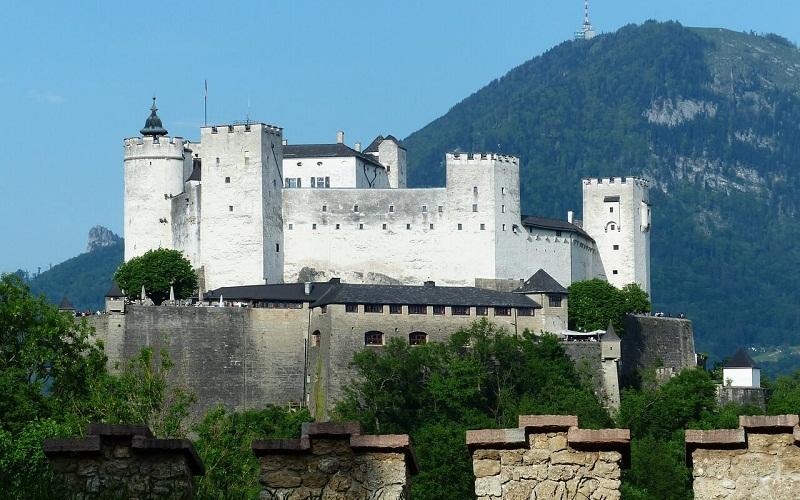 Фото: Крепость Хоэнзальцбург - Достопримечательности Зальцбурга: ТОП-10
