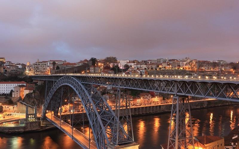 Фото: Мост Дона Луиша - Достопримечательности Порту: ТОП-10