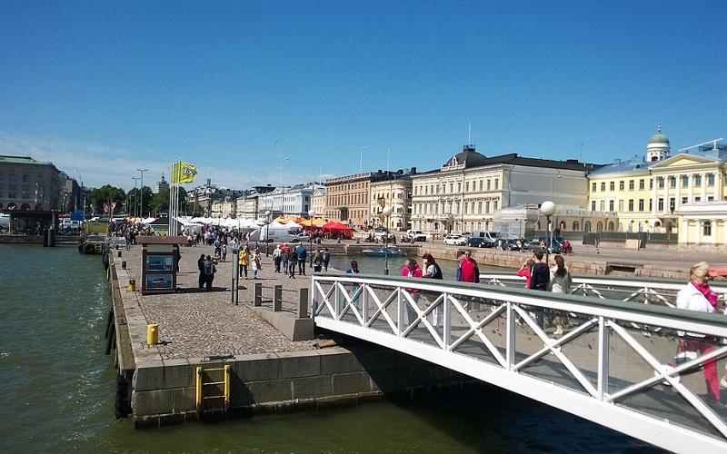 Фото: Рыночная площадь - Достопримечательности Хельсинки: ТОП-10