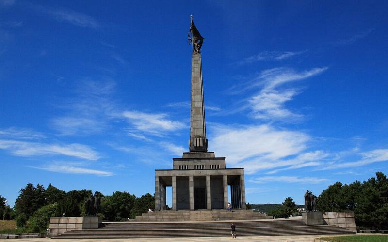 Фото: Славин - Достопримечательности Братиславы: ТОП-10