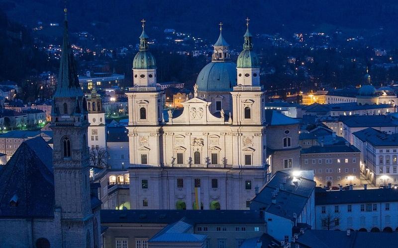 Фото: Зальцбургский собор - Достопримечательности Зальцбурга: ТОП-10